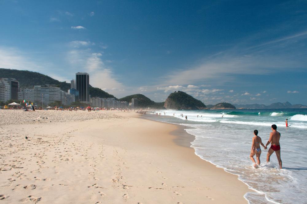 Beira mar da Praia de Copacabana