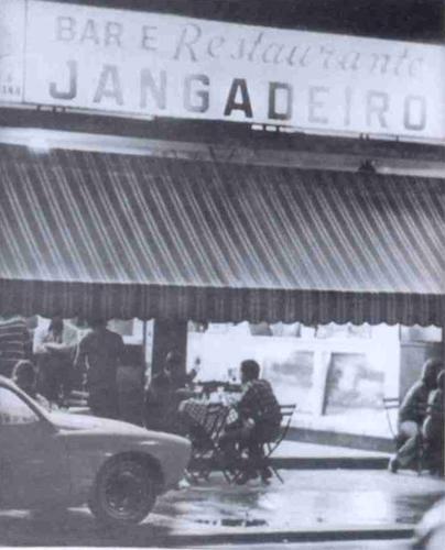Bar Jangadeiros na Rua de mesmo nome, anos 1970 em Ipanema, Rio de Janeiro
