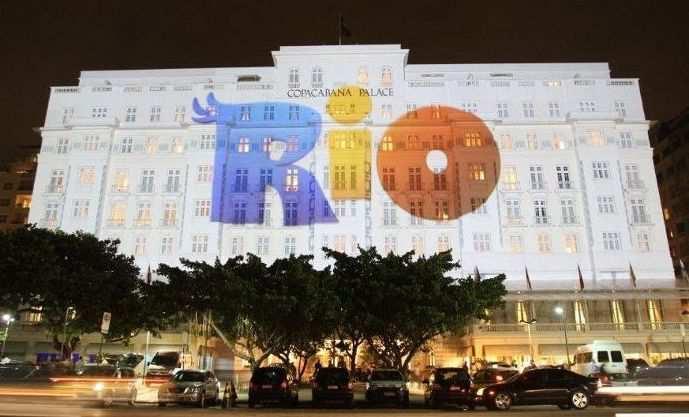 Rio 2, o filme da FOX, foi o tema do réveillon 2014 em Copacabana
