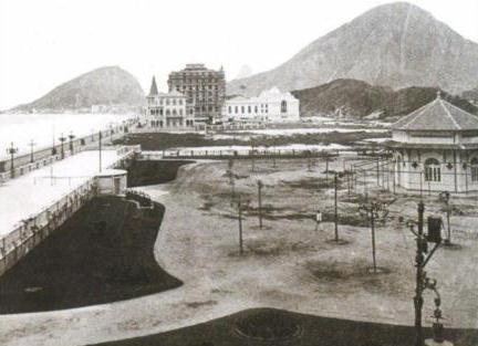 Praça Irmãos Bernardelli atual Praça do Lido inicio dos anos 1920