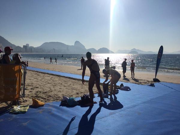 Triatlon em Copacabana, evento-teste para Rio-2016