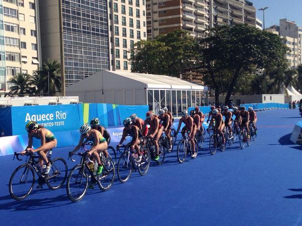 Evento-teste Tratlon em Copacabana