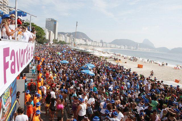 Bloco da Favorita na Praia de Copacabana