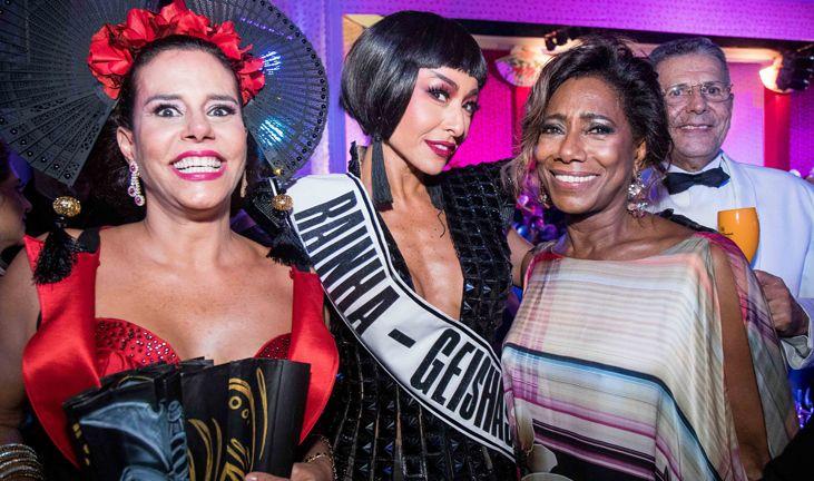 "Narcisa Tamborindeguy, Sabrina Sato ""Rainha do Baile"" e Glória Maria no Baile do Copacabana Palace 2017."