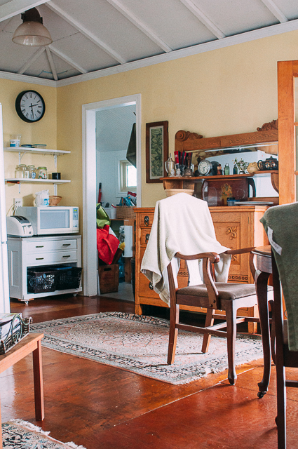 cottage dining room Sandra Harris