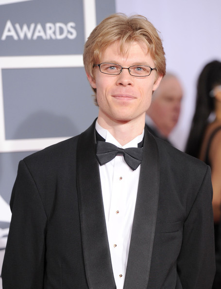 Jesse at the Red Carpet, the 54th Grammy Awards