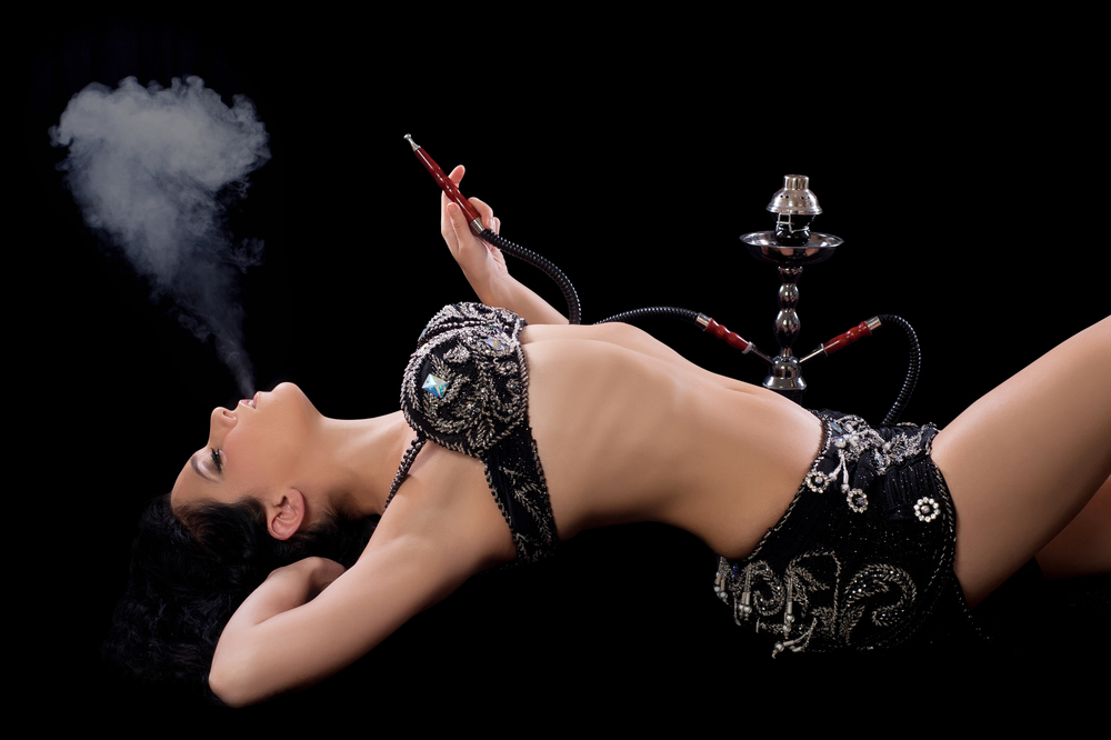 hookah sheesha smoke belly dancer