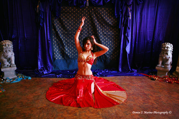 Red and Gold Mumtaz Palm Beach Gardens Belly dancer