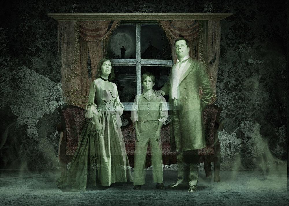 Halloween-Family-Portrait-2011_web.jpg