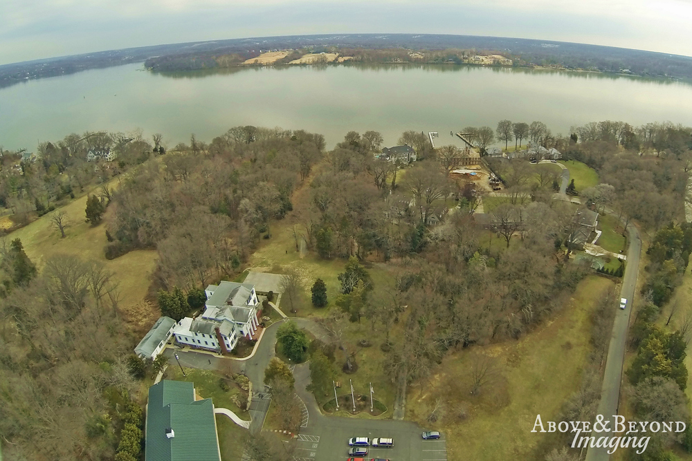Gorgeous waterfront property spanning 190' on the Potomac River. Once part of George Washington's River Farm,