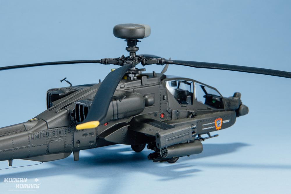 Italeri 1-72 AH-64D_©www.modern-hobbies.com-3.jpg
