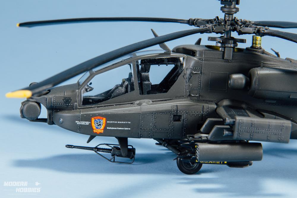 Italeri 1-72 AH-64D_©www.modern-hobbies.com-5.jpg