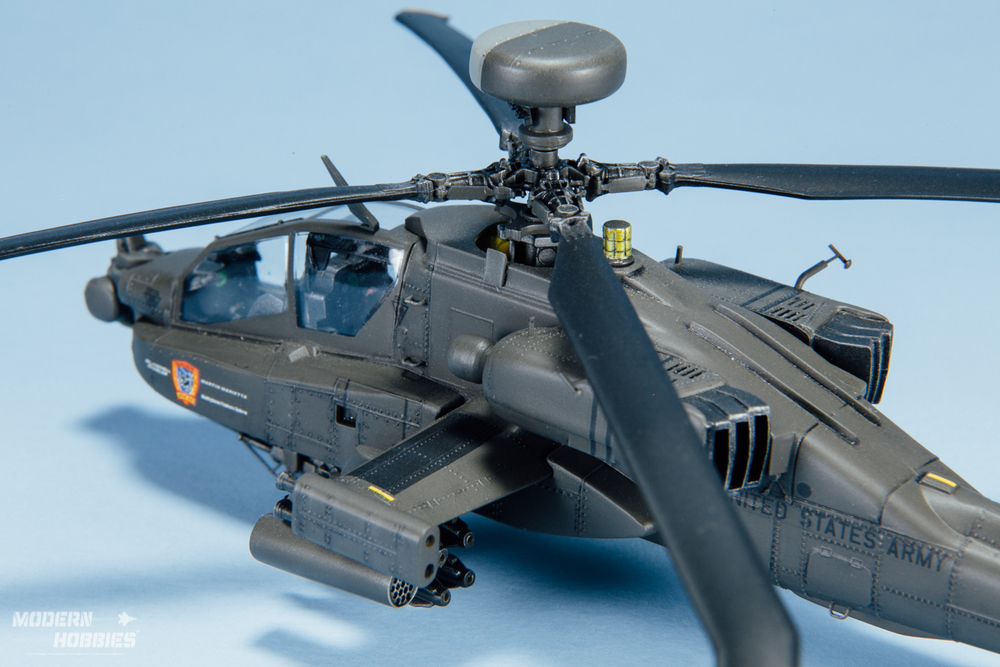 Italeri 1-72 AH-64D_©www.modern-hobbies.com-6.jpg