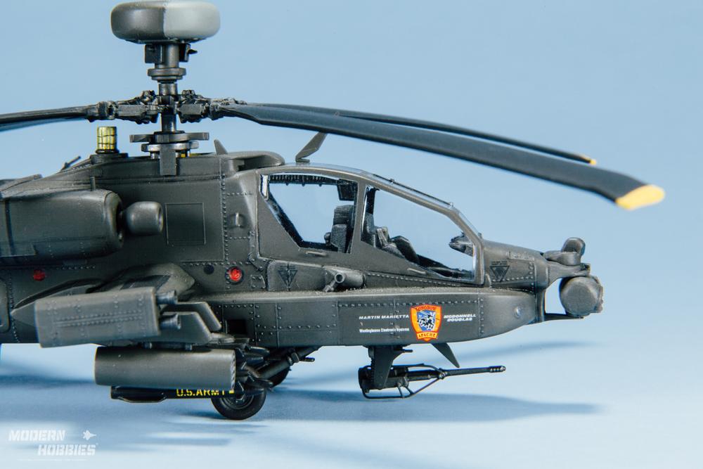 Italeri 1-72 AH-64D_©www.modern-hobbies.com-8.jpg