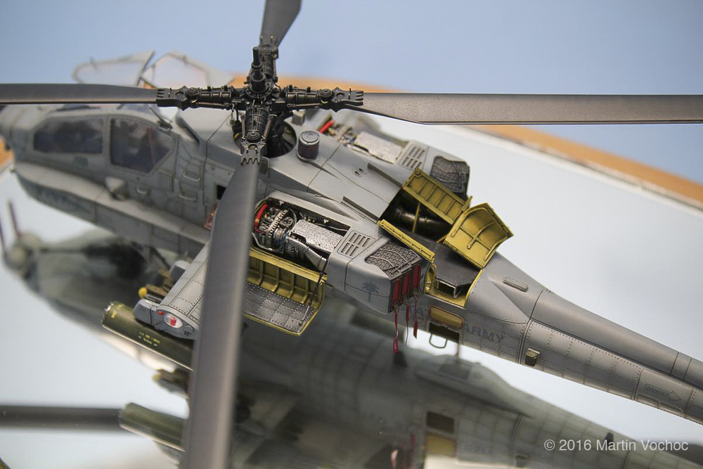 www.modern-hobbies.com-blog-ah-64a apache-operation iraqi freedom-1-72 scale apache-martin vochoc-3.jpg