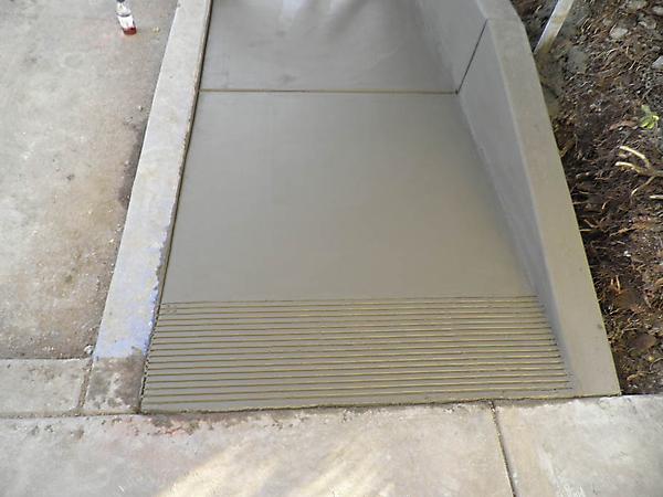 commercial_4_20120911_1845354740.jpg