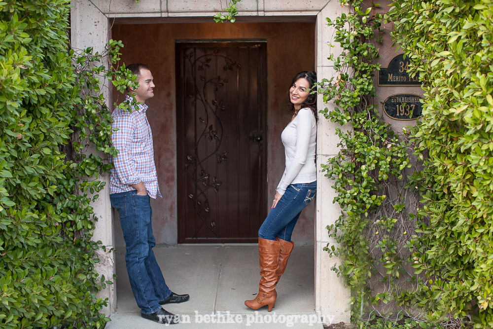 18_Adam_Mayra_E-Session_2014_01_12.jpg