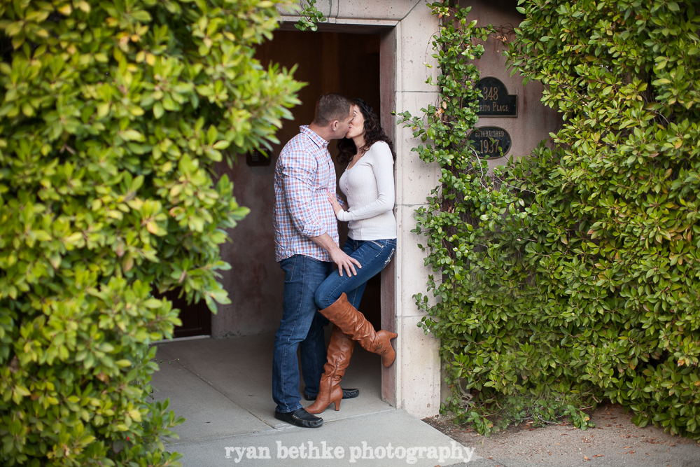 20_Adam_Mayra_E-Session_2014_01_12.jpg