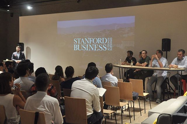 ATÖLYE bugün Stanford Graduate School of Business'ı ağarladı. // Stanford Graduate School of Business came to ATÖLYE to talk about their MBA program and meet possible candidates. @stanfordbusiness #ATÖLYE #stanfordgraduateschoolofbusiness