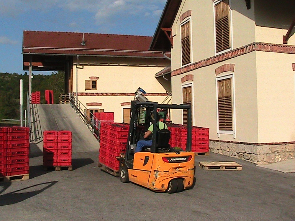 Harvest time at Dveri-Pax