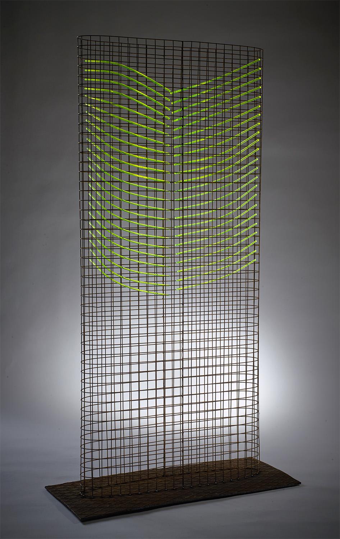 Rib Tower 122x66x29 Steel Mesh and Fluorescent, Rod Floor standing