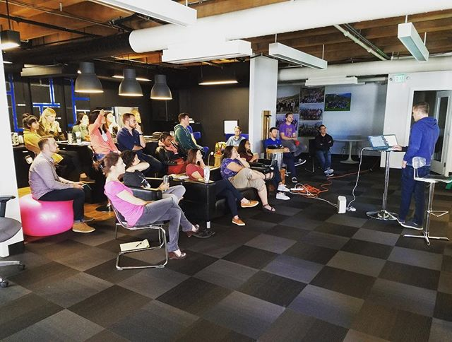 #FBF A view behind the scenes at @pipelinedeals - our weekly all hands meeting (about half join via video)! ??‍???‍? repost from @jpwerlin #tech #CRM #yeoman #business