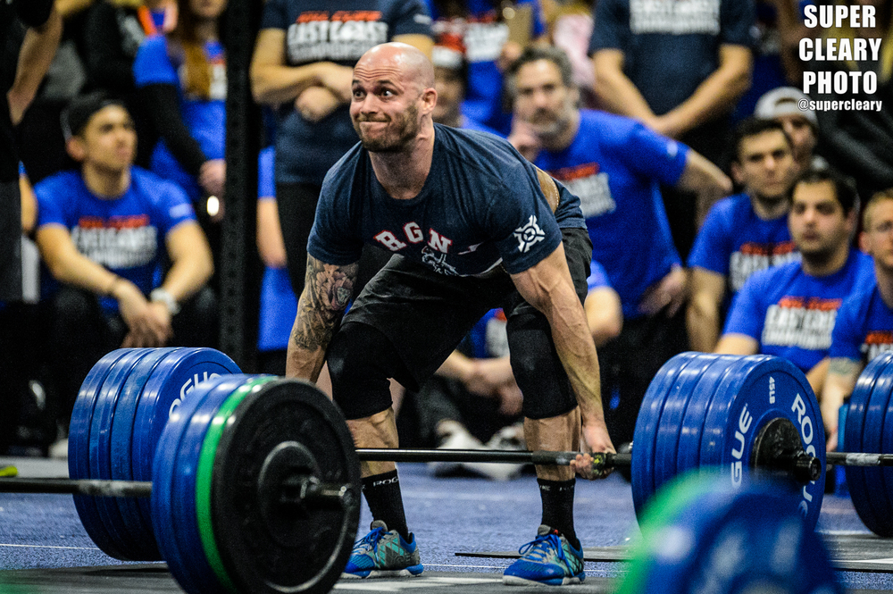 Chris Spealler hitting a 405lb deadlift - Nikon D4, Sigma 120-300, ISO 8000