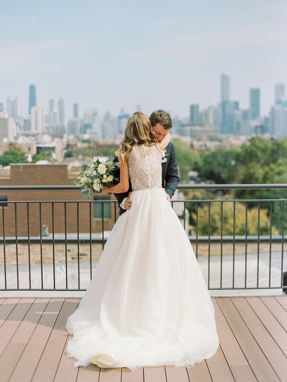 chicago-illuminating-company-wedding-015.jpg