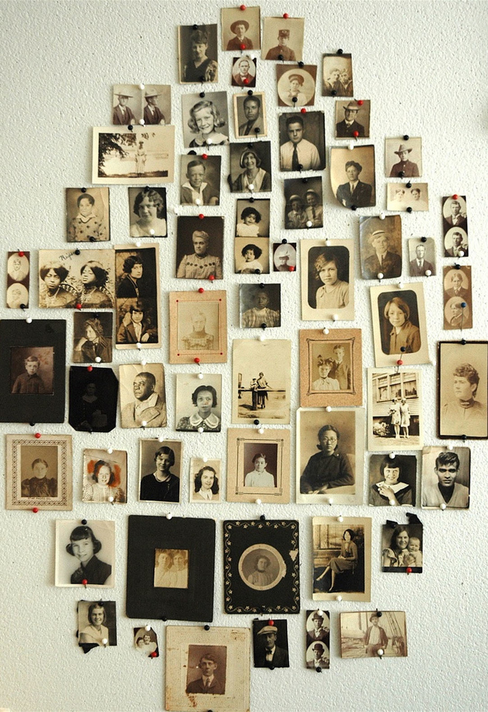Collection of old photos (If you look closely, you'll notice that this ia not the family tree)