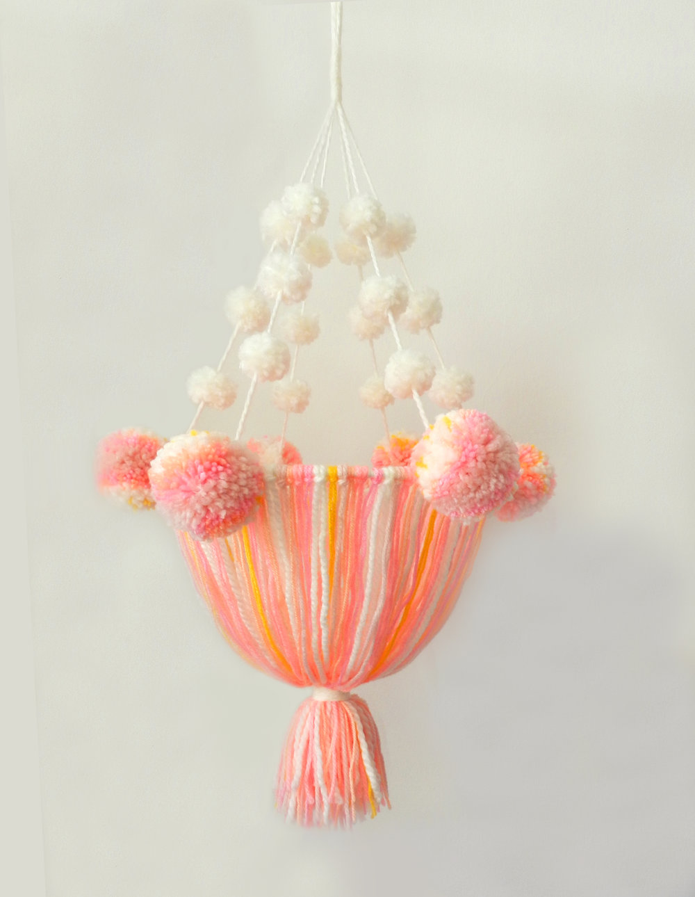 pompons chandalier