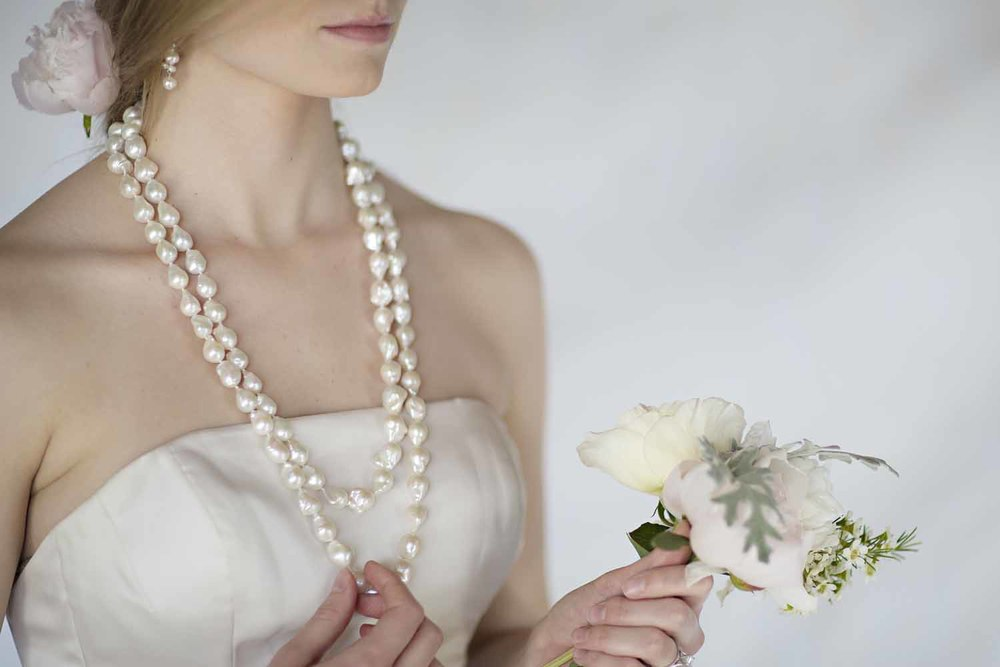 kari herer-108 copy_large_baroque_bridal_necklace.jpg