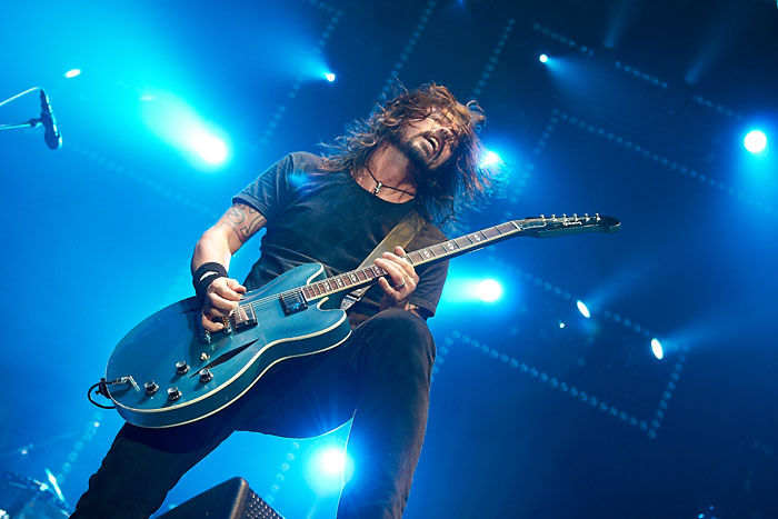 Foo Fighters, Dave Grohl, Live music photographer, Phil Bourne, music photography.jpg