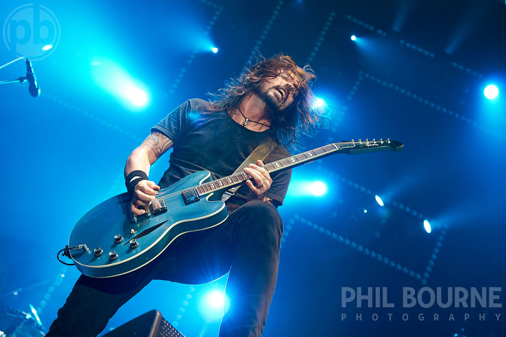 001_Live_Music_Photographer_London_Foo_Fighters_Dave_Grohl_001.jpg
