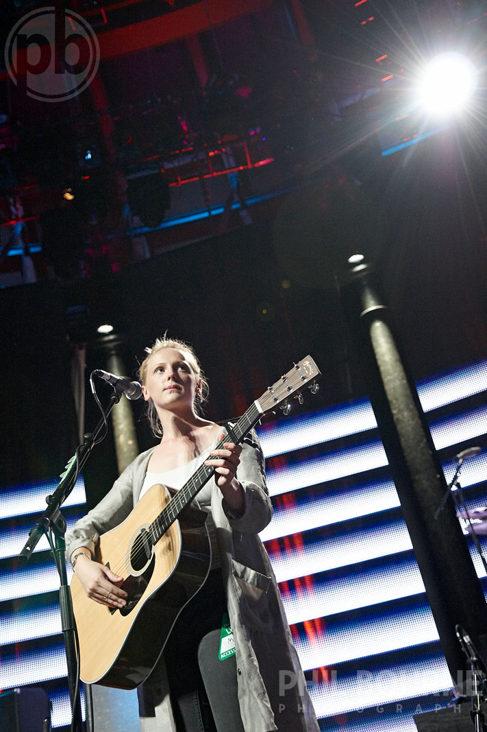 013_Live_Music_Photographer_London_Laura_Marling_001.jpg