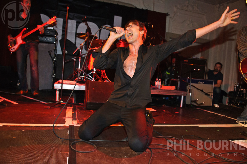 039_Live_Music_Photographer_London_Suede_001.jpg