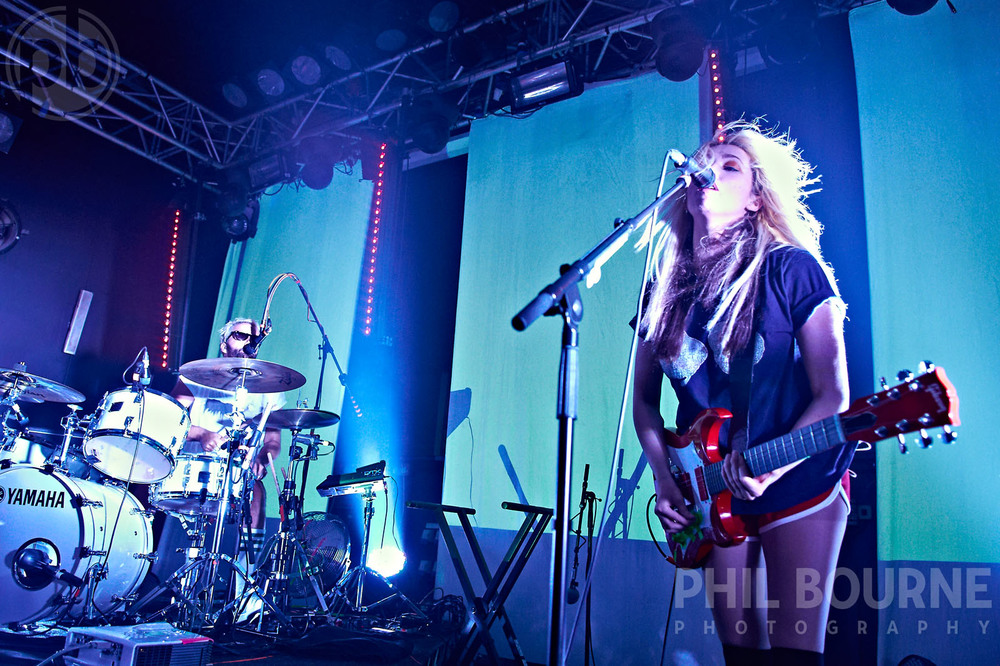 049_Live_Music_Photographer_London_Ting_Tings_001.jpg
