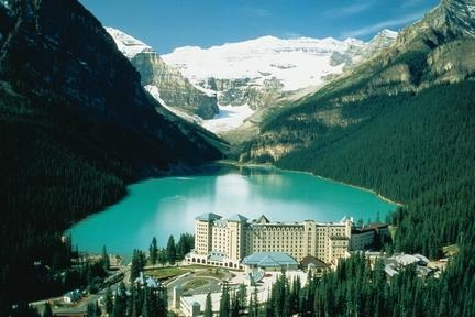 fairmont-chateau-lake.jpg