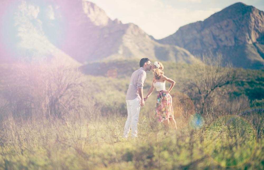 desert-glamore-engagement-tucson-flowercrown.jpg