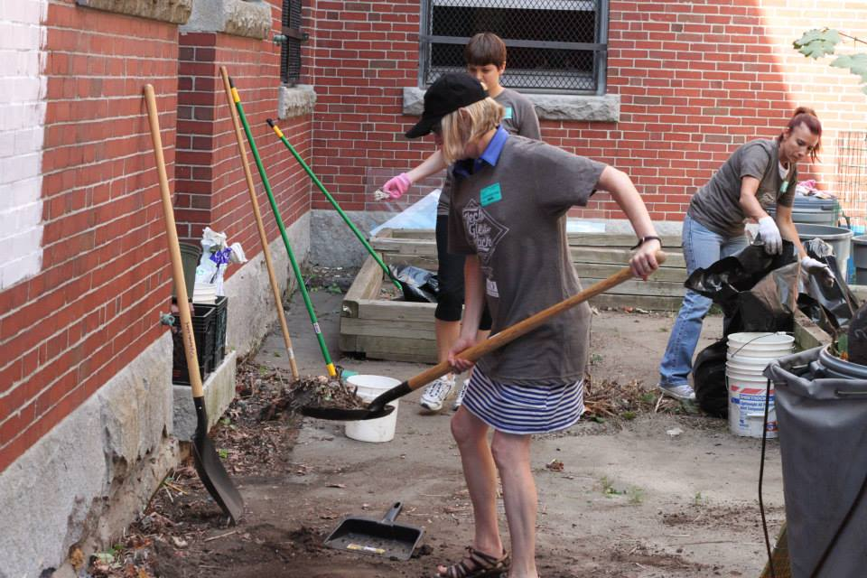 TUGGers volunteer at the Hernandez School in Roxbury