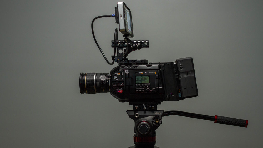 Blackmagic Ursa Mini Pro (EF) Package
