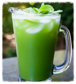 cucumber-lime-mint-aqua-fresca-horiz-800.jpg