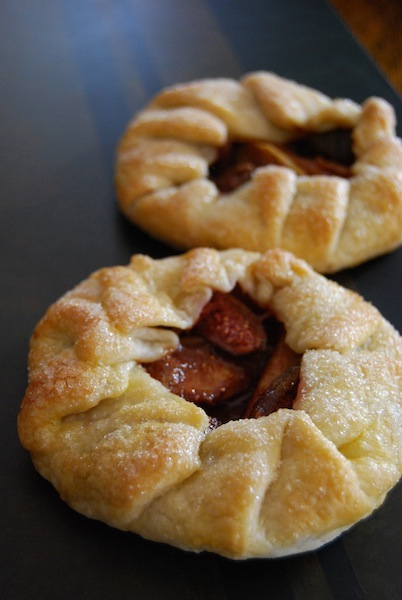 apple fig galette