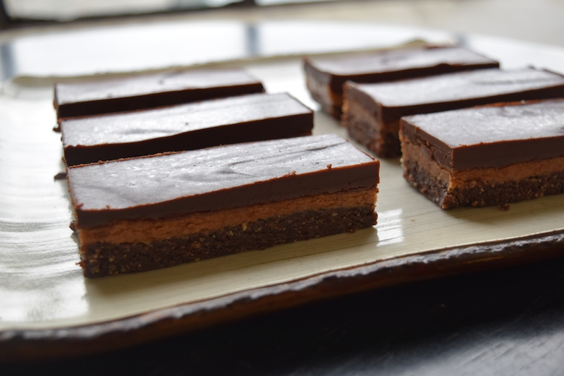 almond butter chocolate bars - vegan, gluten-free, raw, and no sugar