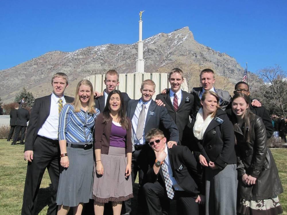 Elder Jason Blanding is (again) far left.