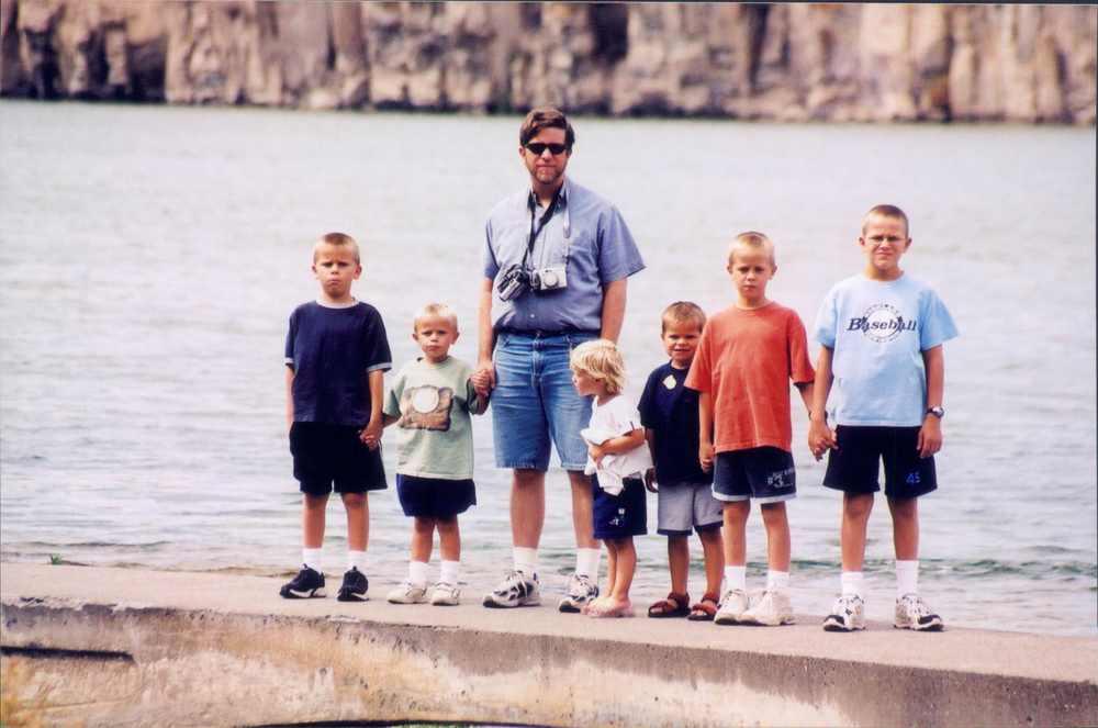 2002 Aug, Lewis & Clark, Mt. Mike, Chris, Steve, Jessie, Matt, Jason & Kray (4).jpg