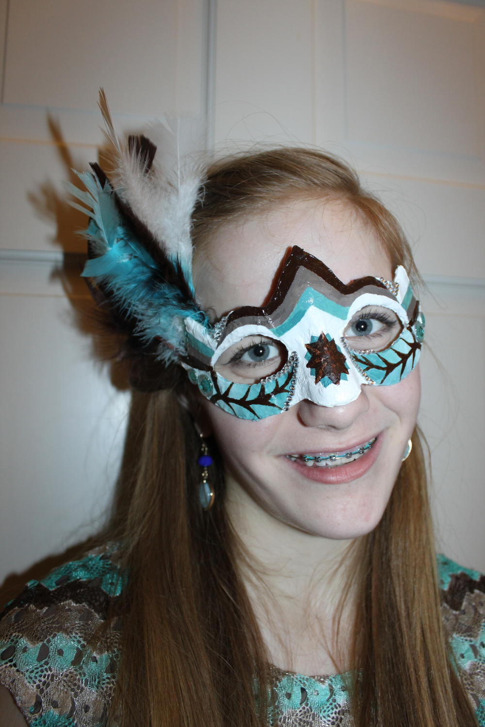 Jessie hand made this mask for a party she went to. She won an prize for it!