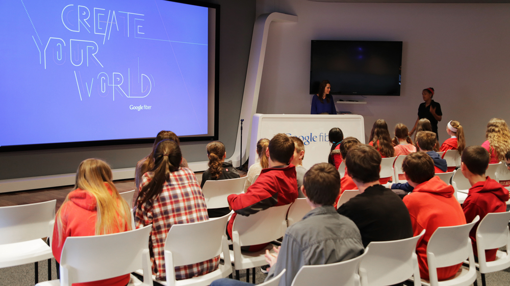 Students were invited into the Kansas City Fiber Event Space, where they kicked off the event with a quick introduction before being split off into groups of three.