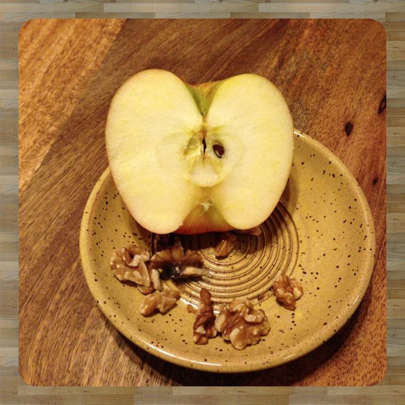 apple plate.jpg