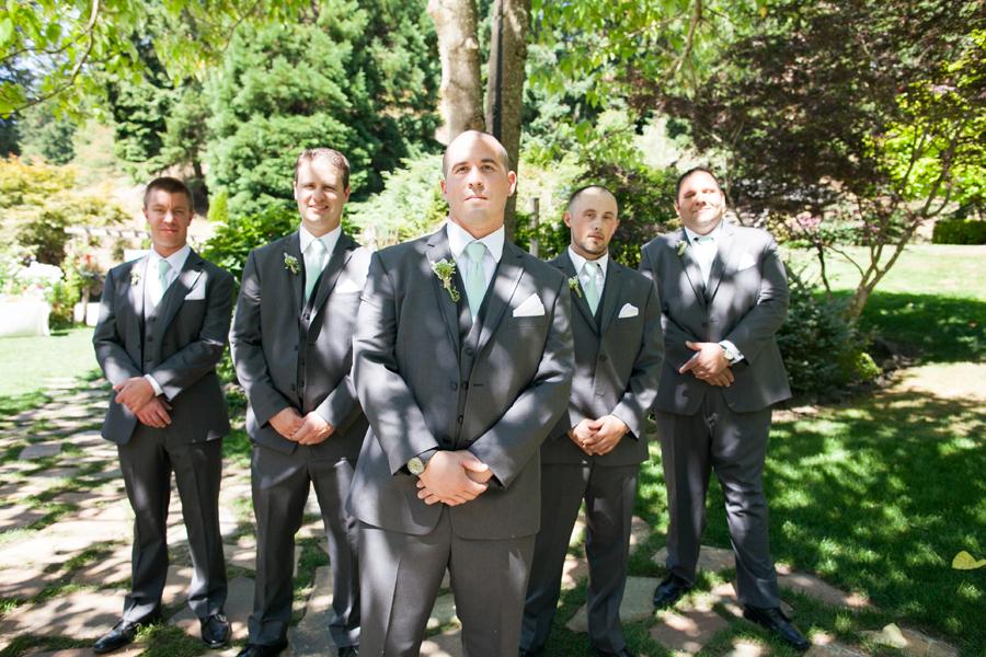 041-llama-rose-farm-wedding.jpg