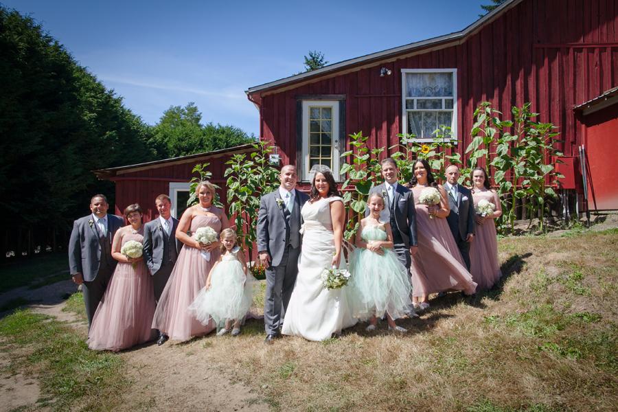044-llama-rose-farm-wedding.jpg